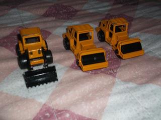 Set De Tractores A Escala