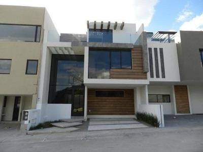 Preciosa Casa En La Codesa Juriquilla, Roof Garden, Dobles Alturas Y De Lujo !!