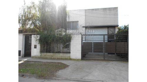 Imagen 1 de 3 de Galpon En Venta :: Zona Industrial :: Ituzaingo :: 261m2