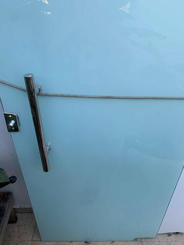 Imagem 1 de 4 de Portas De Vidro (2)