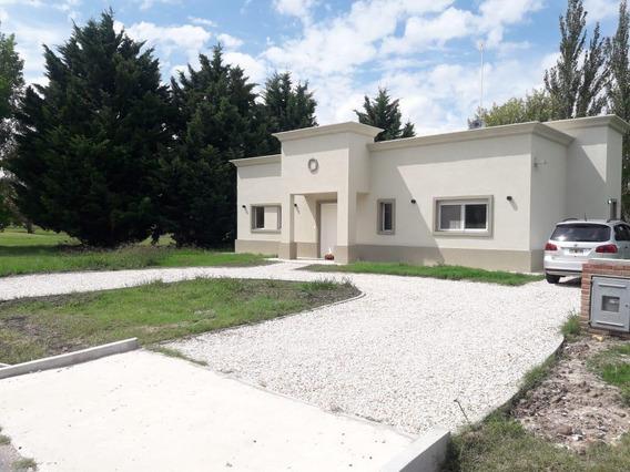 Casa Alquiler 2 Dormitorios - Estrenar- Club Miralagos