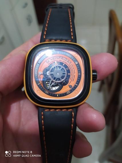 Relógio Sevenfridey
