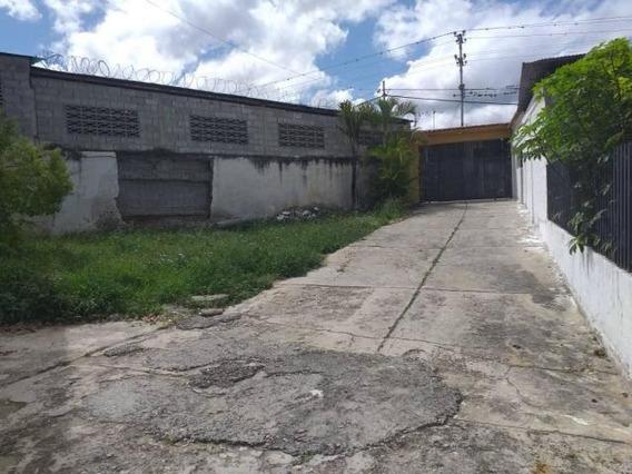 Galpon En Venta La Piedad Cabudare Lara 20-7145