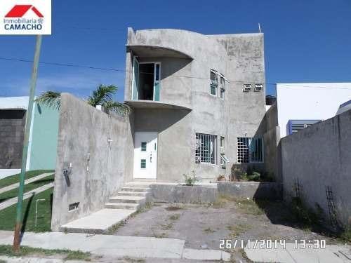 Casa Sola En Venta Col. Carlos De La Madrid, Zona Norte De Villa De Álvarez, Colima