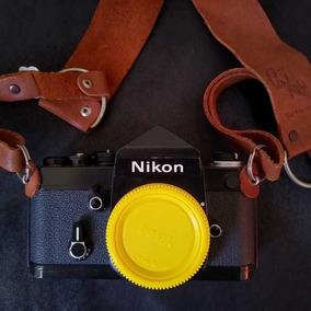 Nikon F2 Eyelevel + Nikkor 50mm 1.8 Af