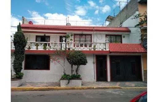 Venta De Amplia Casa Habitación En Colonia Maravillas Cd. Nezahualcóyotl Edo. Méx. (baja De Precio)