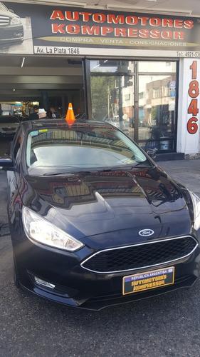 Ford Focus Focus 1.6l N Mt S