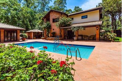 Casa De 4 Dormitórios Com Jardim E Piscina Numa Excelente Localização Em Araçoiaba Da Serra - Ch0023