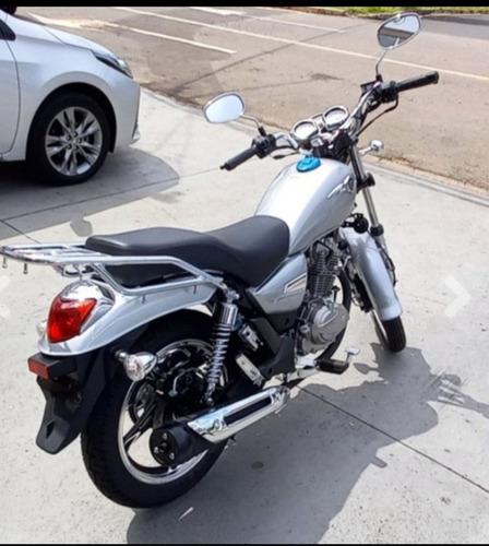 Moto Suzuki Intruder 0km