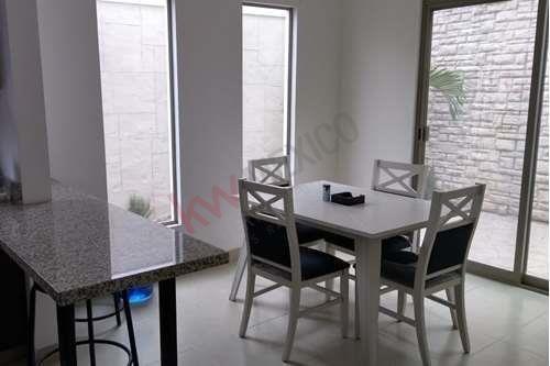 Casa En Renta, Totalmente Amueblada, Sector Viñedos, Torreón, Coahuila