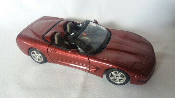 Chevrolet Corvette 1997 Burago Escala 1:24