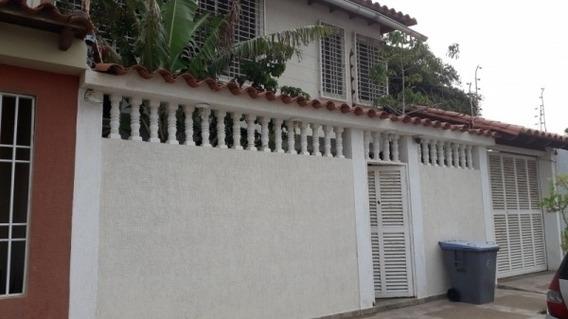 Casa Quinta Townhouse Moderno Con Piscina Ciudad Jardin