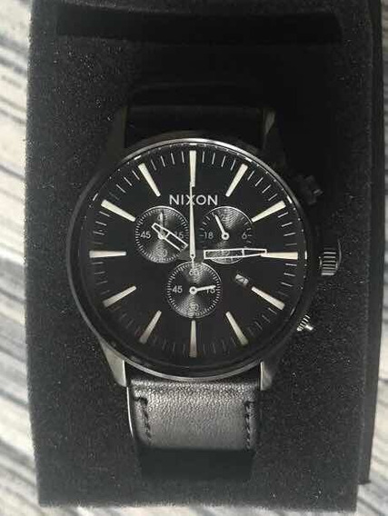Relógio Nixon - Sentry Chrono Leather