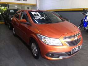Chevrolet Onix 1.0 Lt Completo 4 Portas 2013