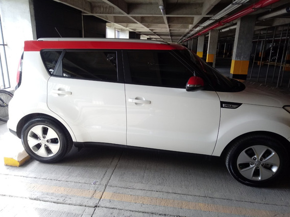 Kia Soul Rise Mecanico 1,6 Blanco/rojo 5 Puertas