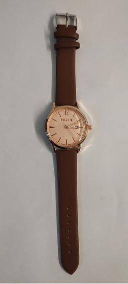 Reloj Análogo Para Dama Café Claro