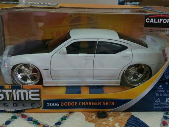 Miniatura Jada 1/24 Dodge Charger Srt8