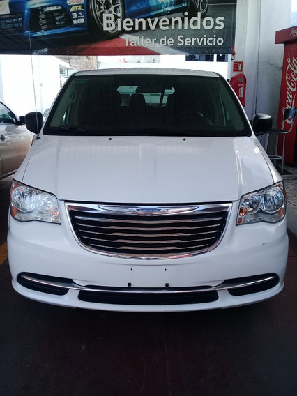 Chrysler Town And Country 2016 Blanca