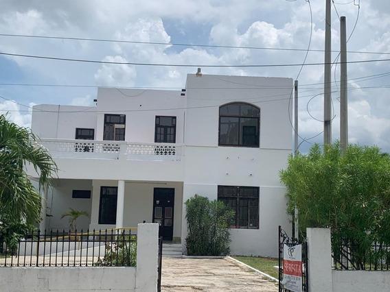 Oficinas En Renta Por El Consulado Americano Y Paseo De Montejo