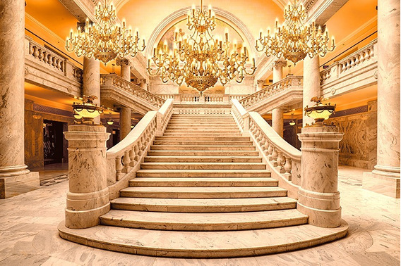 Fundo Fotográfico Tecido Escadaria Dourada Realeza 3,0x1,70m