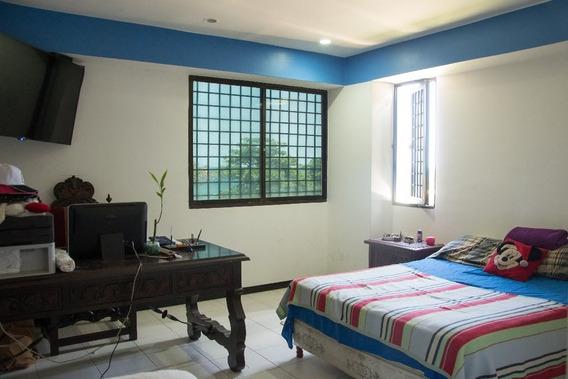 Caraballeda Urb Caribe Apartamento 163 M2 En Venta