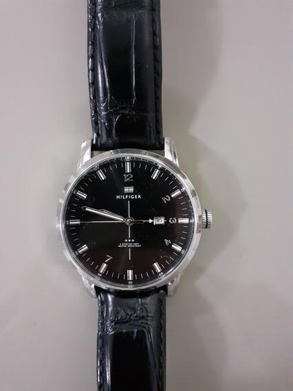 Relógio Tommy Preto Couro