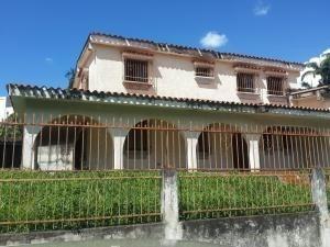 Casa En Alquiler La Viña Valencia Carabobo 20-4536 Rahv