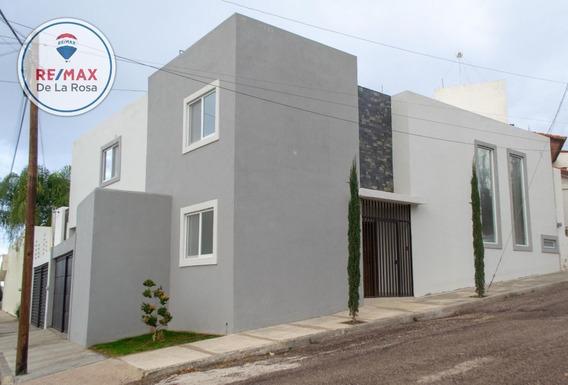 Moderna Casa Nueva En Renta, Lomas Del Parque