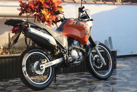 Yamaha Xtz 250 Teneré Com Baú
