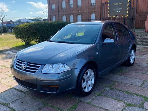 Volkswagen Bora Trendline (( Gl Motors )) Financiamos!