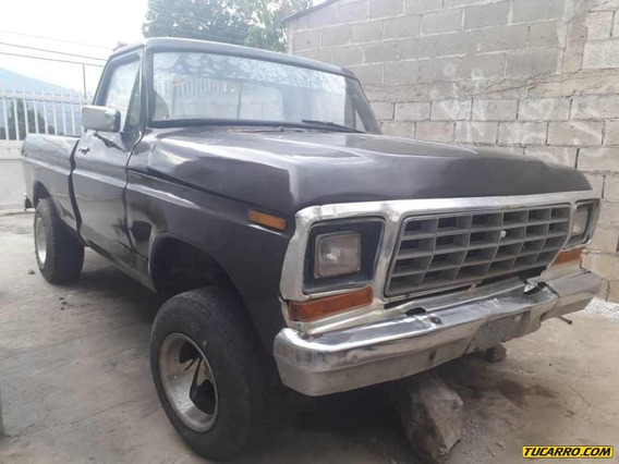 Ford F-100 Pick Up Automático