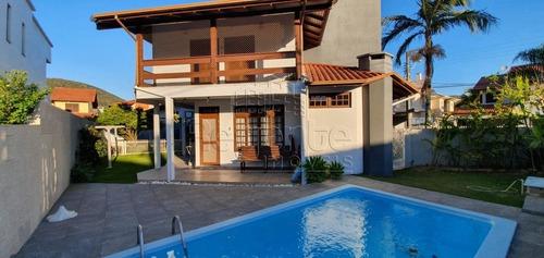 Imagem 1 de 15 de Casa A Venda Com 4 Quartos No Bairro Parque Sao Jorge Em Florianopolis. - V-81231