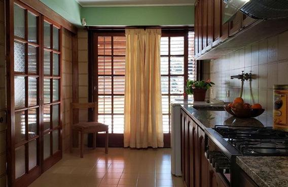 528 E/ 10 Y 11 Tolosa, La Plata Casa En Venta +galpón De 200m2 Cuchera Semicub.