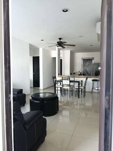 Departamento En Renta Calle 24 X 19 Y 21 Condominios Royal Palm, Loma Bonita