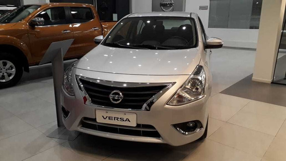 Nissan Versa Advance At