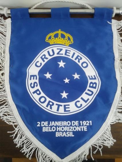 Flâmula Cruzeiro Trocada Contra O Gremio Brasileiro.