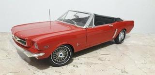 Miniatura Em Escala 1/12 Do 1964 Ford Mustang