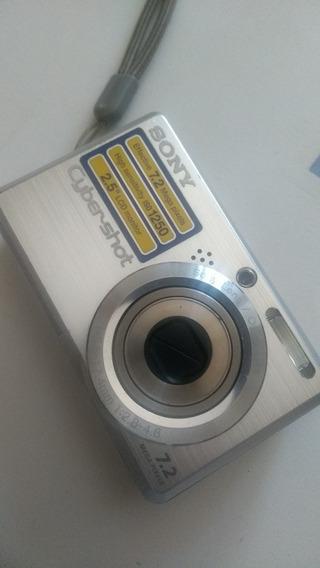 Camera Sony Ciber-shot Com Tela Lcd 2.5 E 7.2 Mega Pixels