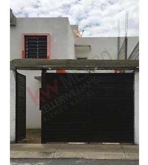 Casa En Renta $6,000 En Fracc. Paseos De Los Solares, Pachuca, Hidalgo.