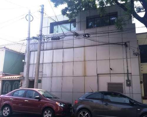 Casa Con Uso De Suelo En Azcapotzalco