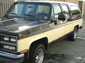 Chevrolet Suburban Suburban Xlt