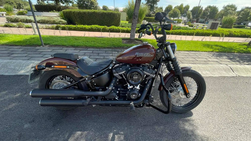 Imagen 1 de 11 de Harley Davidson Street Bob
