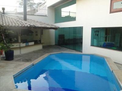 Casa Moderna Em Região Nobre - 226-im244213