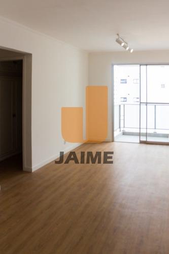Apartamento 2 Dormitórios E Garagem, Pronto Para Morar E Próximo De Tudo - Ja16453