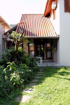 Casa À Venda No Bairro Parque São Jorge Em Florianópolis. - 75924