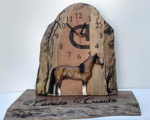 Relógio Estante Madeira Resina Sob Encomenda Escolha Pelagem