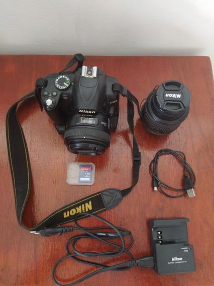 Câmera Nikon D3000 + 2 Lentes