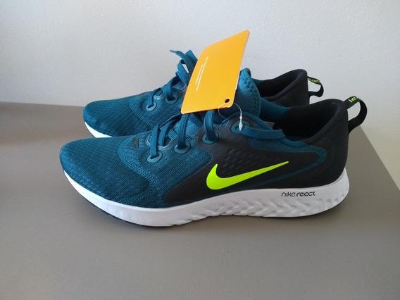 Tênis Nike React