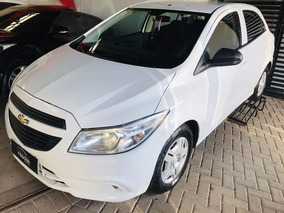 Chevrolet Onix 1.0 Mt Joy 2017