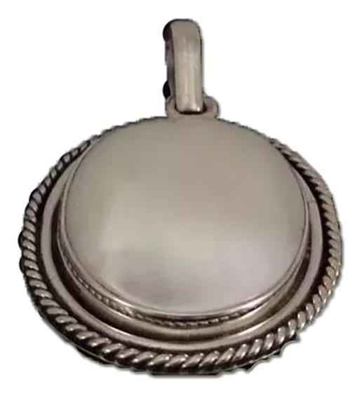 D20 Dije De Plata Ley 925 Con Piedra Natural Madre Perla